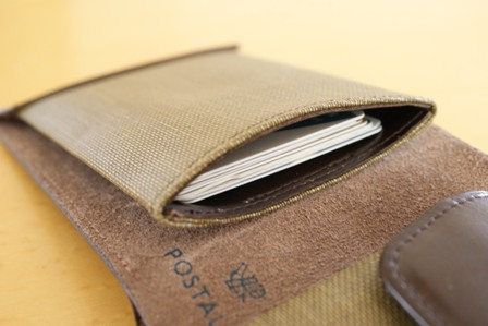 ポスタルコ Pressed Cotton Billfold Fabric & Leather 財布