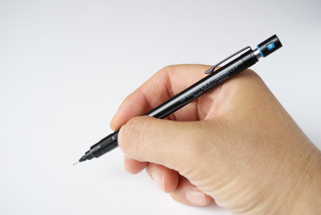 ぺんてる グラフ1000 シャープペン