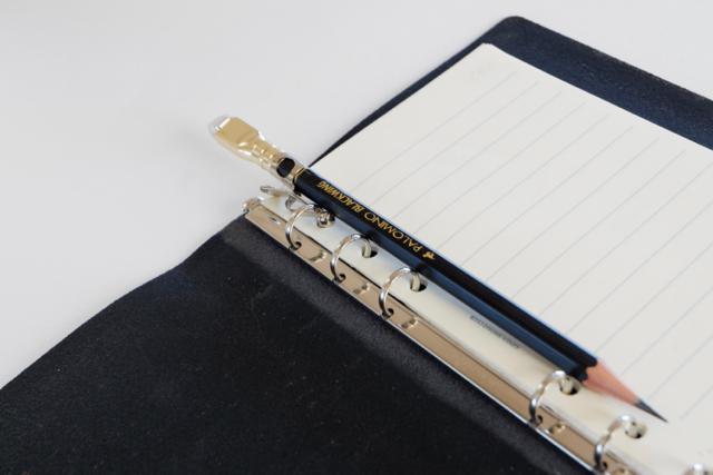 BLACK WING 鉛筆