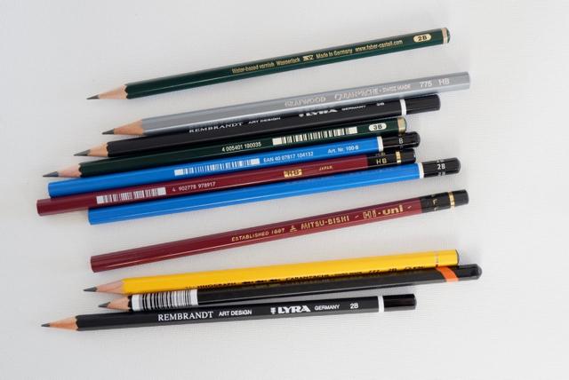自分好みの硬度を選ぶ 鉛筆