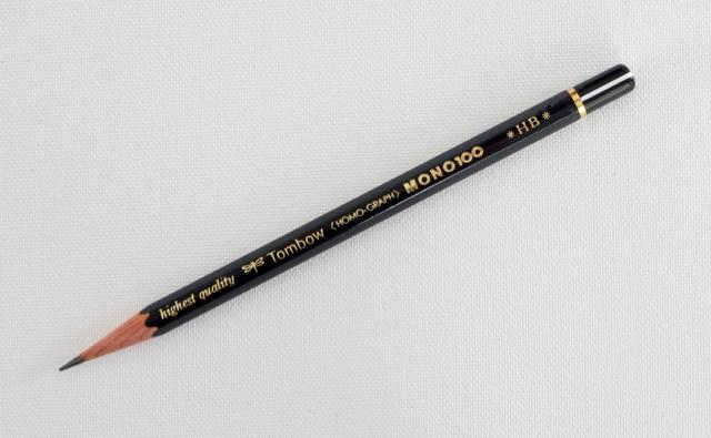 トンボ鉛筆 MONO100 HB