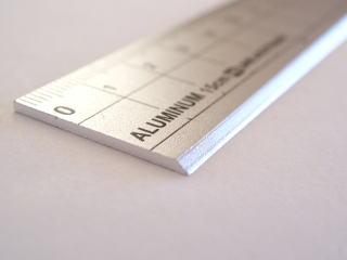 クツワ アルミ定規 15cm 300円+tax、30cm 500円+tax