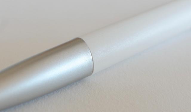 ラミーノト ホワイト+シルバー ボールペン
