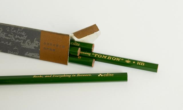 誠品書店 トンボ鉛筆コラボ 鉛筆