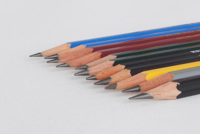 鉛筆の硬度を味わう